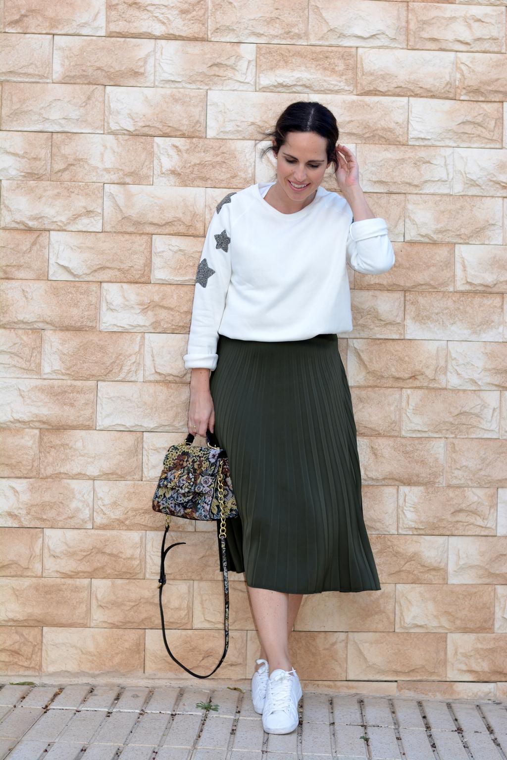 look-falda-midi-stradivarius-street-style