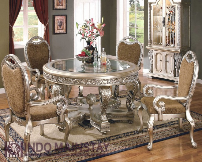 Victorian style dining room furniture elegant classic for Victorian house dining room ideas