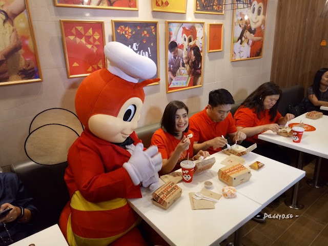 Anne Curtis and Jollibee