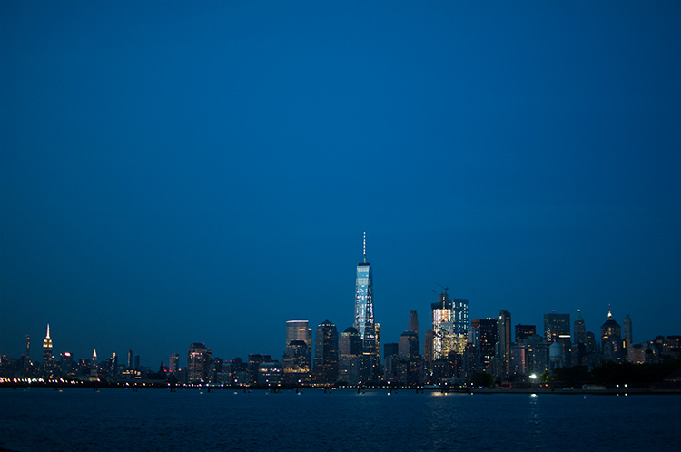 liberty state park, downtown manhattan at night, nyc lights, liberty state park nyc view