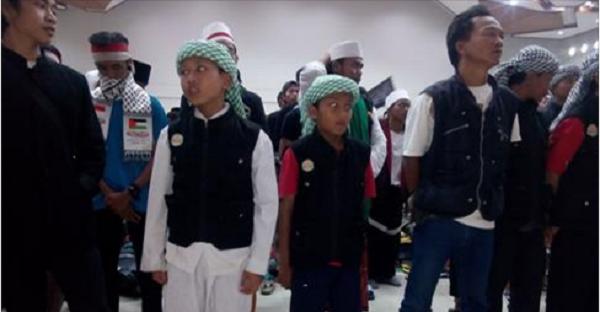 Bocah 8 Tahun yang Jalan Kaki Ciamis-Jakarta Akan Terima Wakaf Rumah Makan