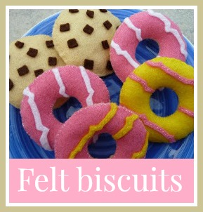 Felt party ring biscuits