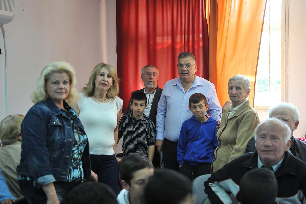מתקדם הקשר הרב דורי רשמים וחוויות: בית ספר יגאל אלון מארח את ראש העיר VK-04