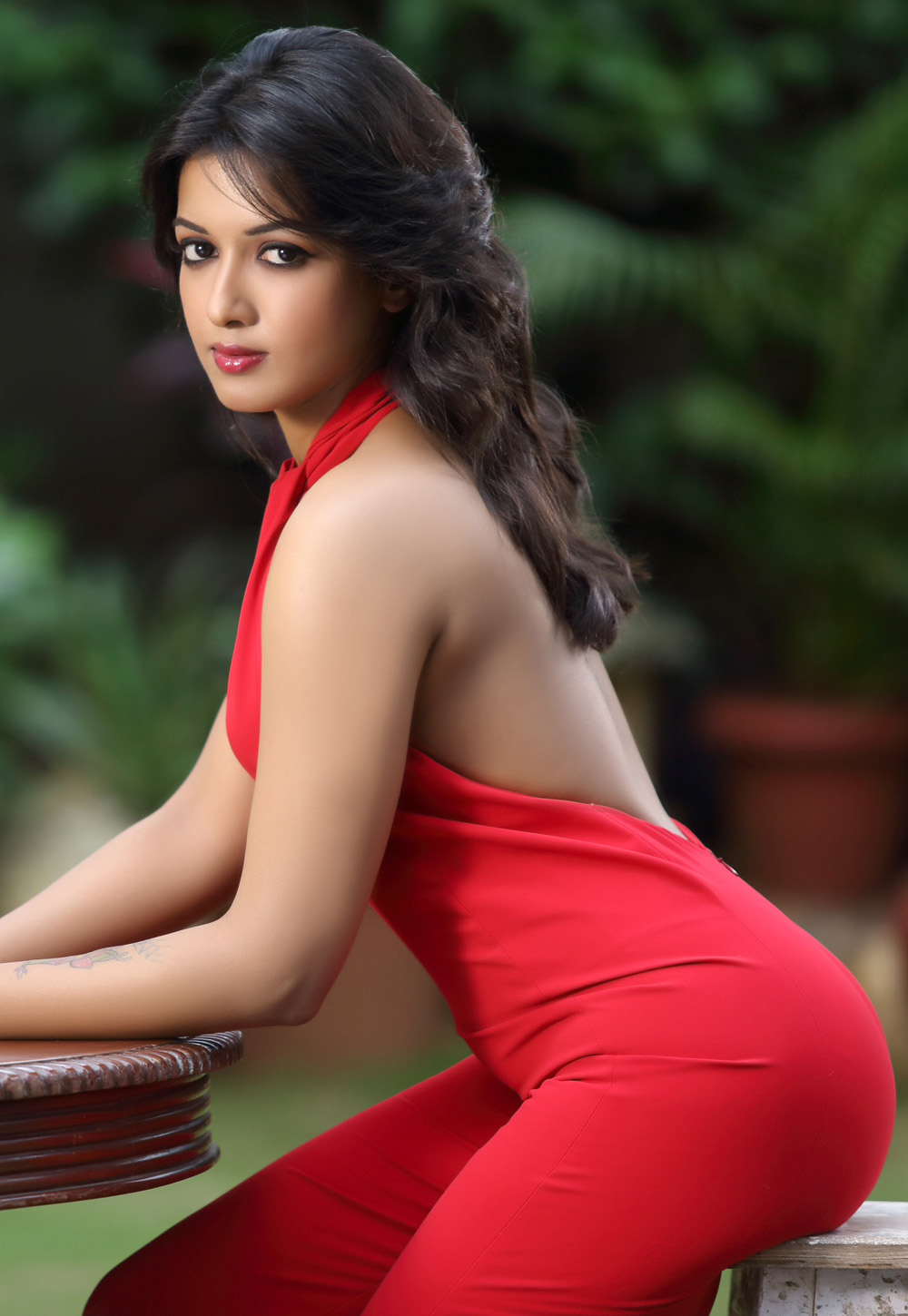 indian hot actress photos gallery | secondtofirst