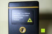 Eigenschaft: Laser-Entfernungsmesser, Jetery Digital Laser Distanzmessgerät Messung von Distanz, Flächen, Volumen|+/-2mm Messgenauigkeit|Laser Distanzmesser m/in/ft IP54 Schutz mit LCD Display, Wasserwaage, Batterien, Schutztasche (40M)