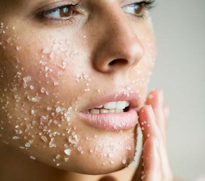 Apprendre à exfolier la peau naturellement