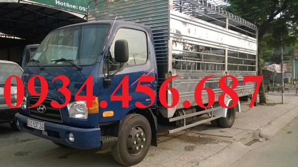 Hyundai 110s Mighty 7 tấn thùng chở gia súc