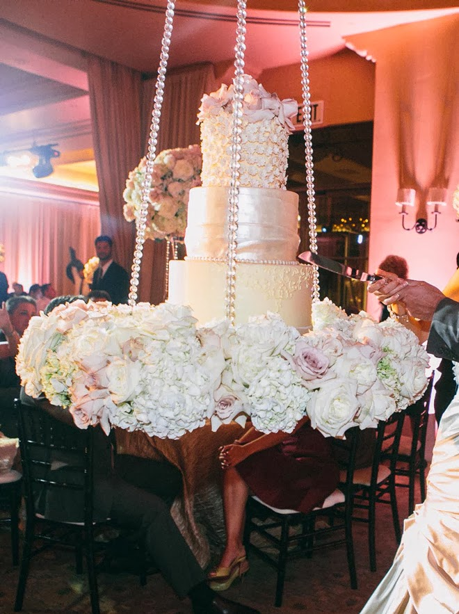 Fabulous wedding cake table ideas using flowers belle for Floral table decorations for weddings