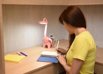 Memilih Lampu Baca Meja Sesuai Dengan Desain Kamar Tidur