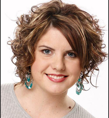model rambut ikal pendek untuk wajah bulat
