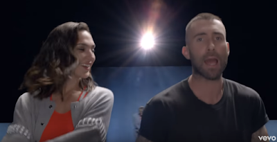 Maroon 5 ft. Cardi B – Girls Like You [Official Video]