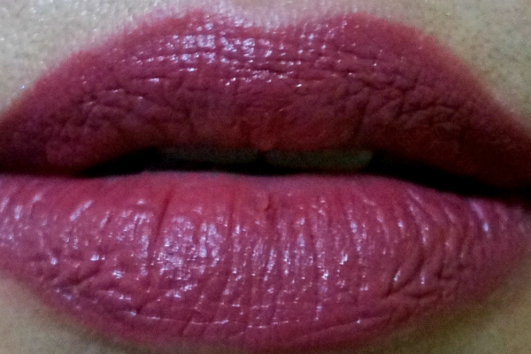Revlon Color Burst Matte Balm in Sultry