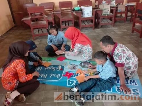 Salut! Prihatin Dengan Kondisi Pendidikan, 4 Remaja Ini Dirikan SLB Meski Tidak Digaji
