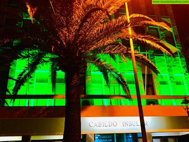 El Cabildo se ilumina de verde para conmemorar el Día Mundial del Cáncer