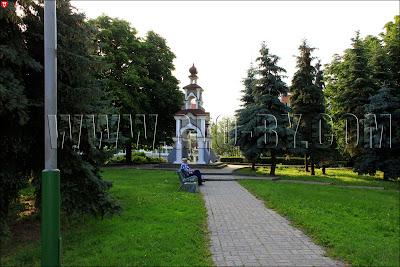 Часовенка в сквере в честь 900–летия города Пинска