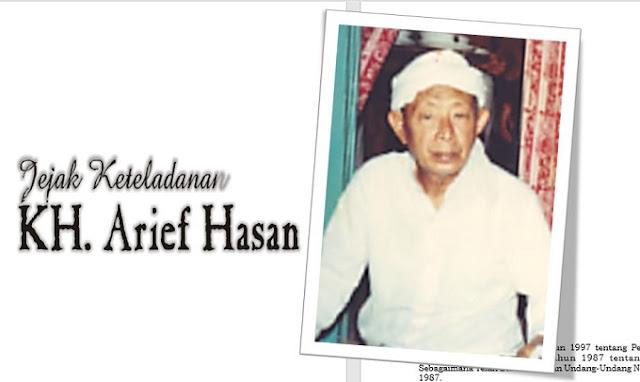 Buku Jejak Keteladanan Kiai Arief Hasan Beratkulon