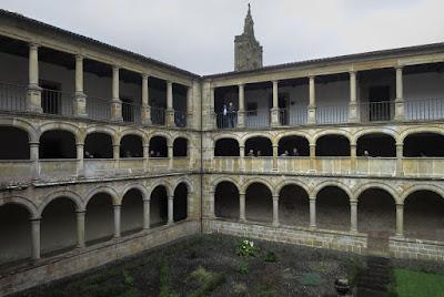 Monasterio de Santa María de Valdediós. Claustro