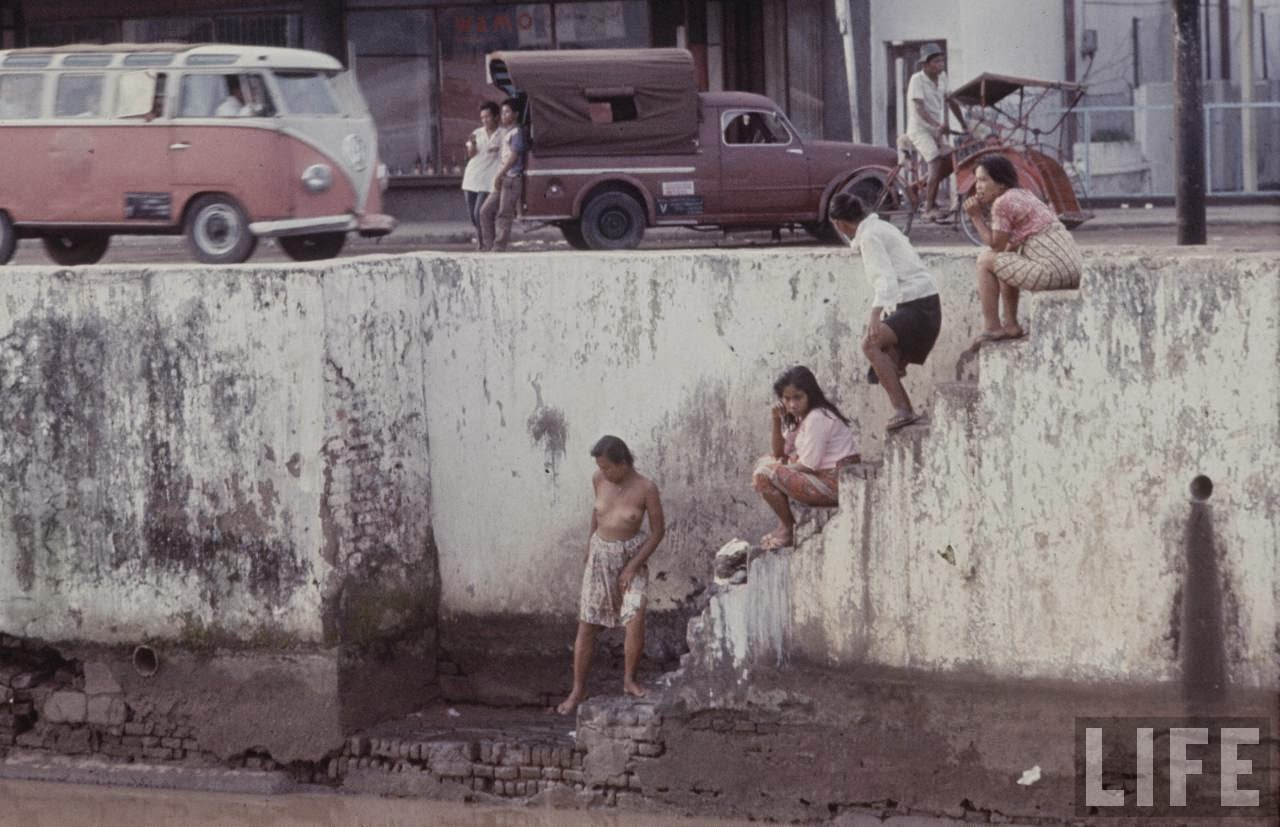 Photos of everyday life in Indonesia 27