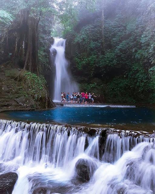 Palutungan & Curug Putri adalah salah satu objek wisata alam di Kabupaten Kuningan. Palutungan & Curug Putri merupakan sebuah kawasan hutan dan air terjun yang terletak di kaki gunung Ceremai tepatnya di Kecamatan Cigugur, berjarak ±10 km dari pusat kota Kuningan.
