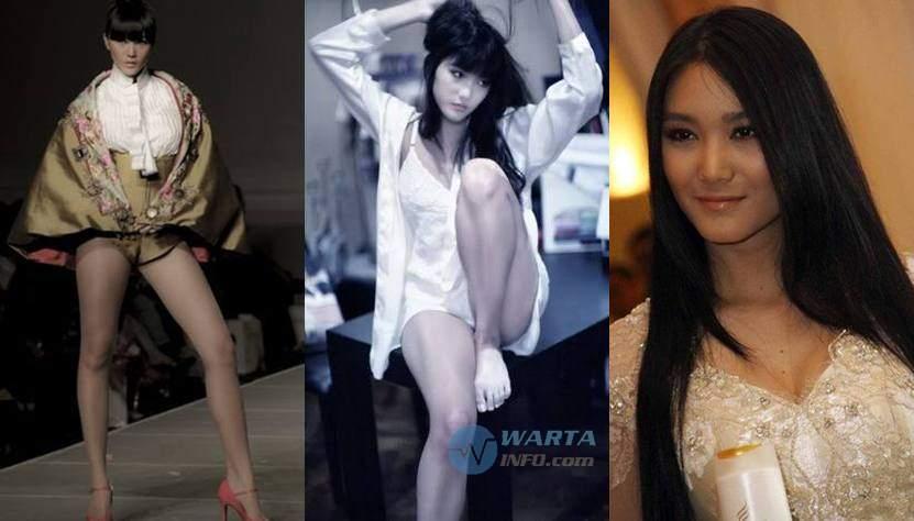 Foto hot Dominique Agisca Diyose model cantik terseksi paling terkenal di Indonesia