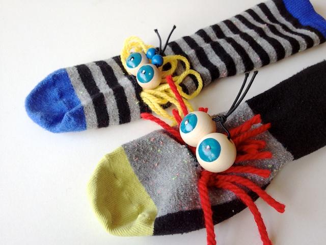 Gut bekannt schaeresteipapier: Handpuppen mit Socken und Kulleraugen DQ02