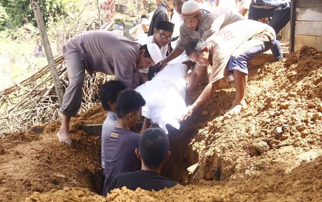 Innalillahi, Imam Salat Tarawih Berpulang Saat Rakaat ke Tujuh
