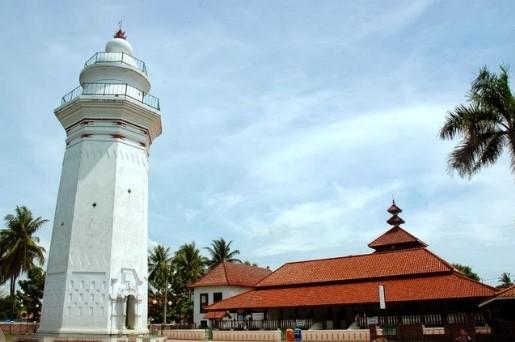 Sejarah Kerajaan Banten Lengkap (Sultan, Kejayaan, Kejatuhan)