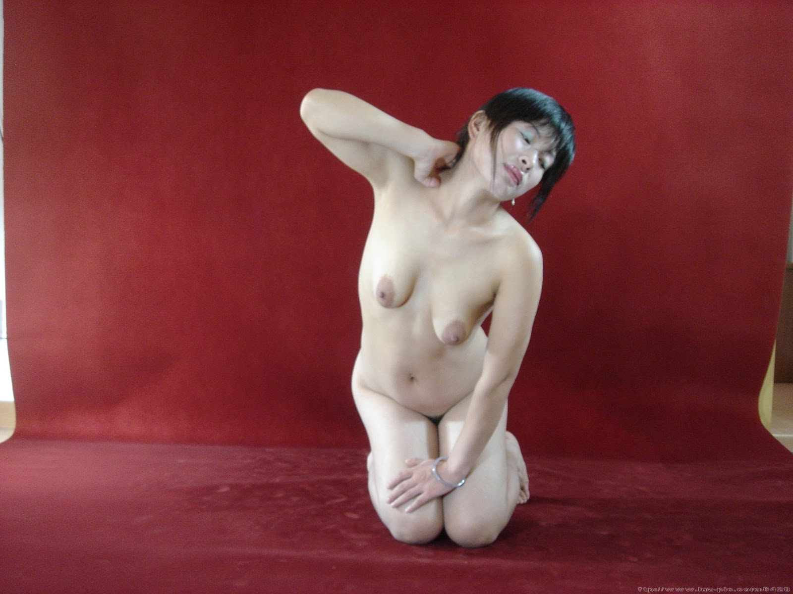 Chinese Nude_Art_Photos_-_232_-_XiaoSun.rar