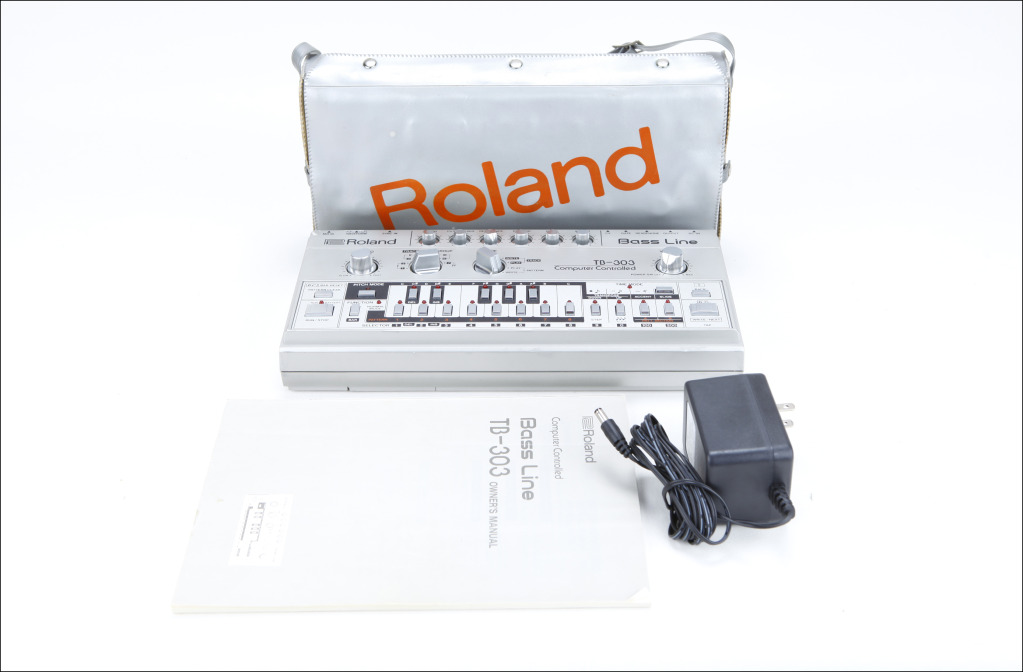 MATRIXSYNTH: Roland TB-303 vintage analog synthesizer