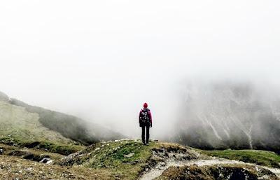 Bahaya Mendaki Gunung Serta Tips Mencegahnya