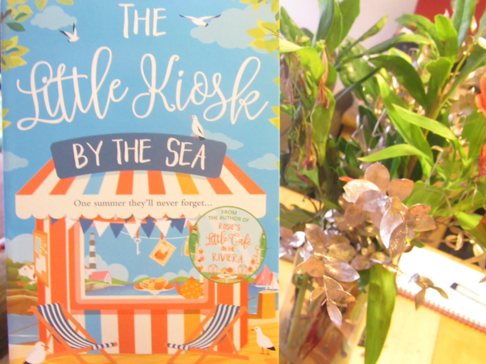 Blooming Fiction Book Review | The Little Kiosk By The Sea