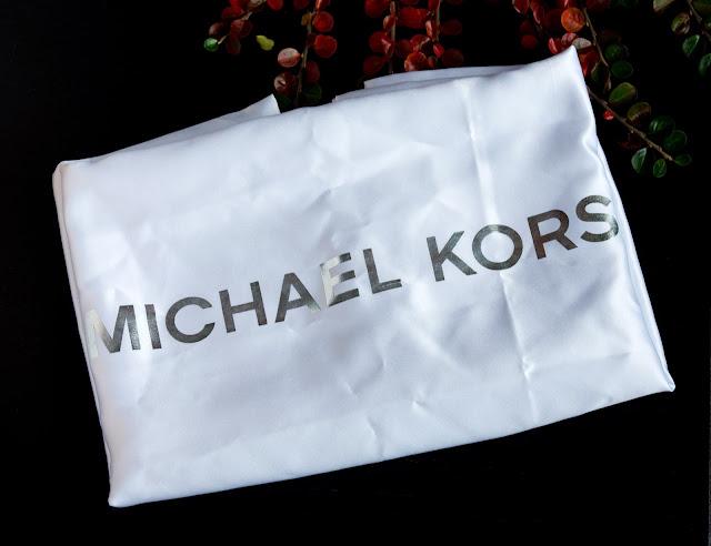 jak wygląda nowy worek przeciwkurzowy od michaela korsa