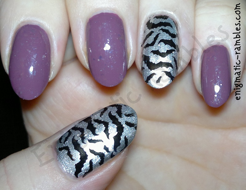 stamped-bat-nails-bundle-monster-h08