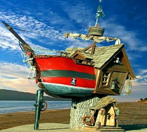 What is the most unusual home you have ever seen in your whole life? There are so many houses in the world that is different from our traditional home. Like the architectural houses in below galleries you won't believe actually exist. Check it out!