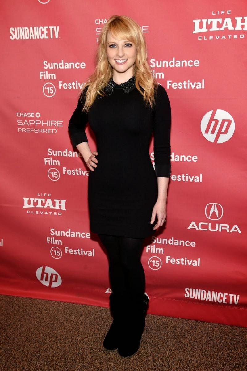 Celebs Galaxy: Melissa Rauch - 2014 Primetime Emmy Awards