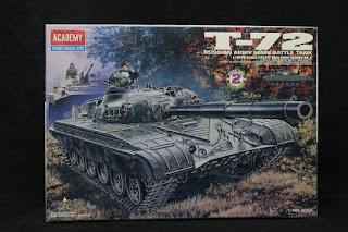 maquette du char T-72 Academy au 1/48.
