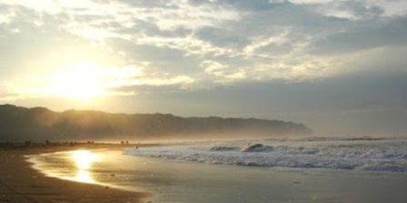 Pantai Parangtritis pantai parangtritis terdapat di pantai parangtritis nyi roro kidul pantai parangtritis 2015 pantai parangtritis pagi hari pantai parangtritis