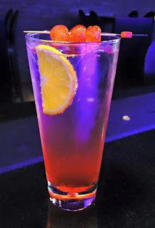 shirley temple, cóctel, la Dolce Vita Vitoria Gasteiz cocktail sin alcohol la cassette vitoria