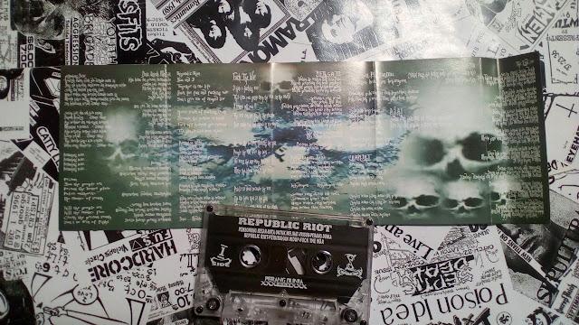 Album Preview : Republic Riot – Perang Dunia ( Album, 2005)