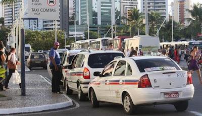 Prefeito vai anunciar nova regulamentação para os taxistas e combate aos clandestinos, incluindo o Uber