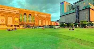 Dataran pahlawan Bandar Hilir Melaka