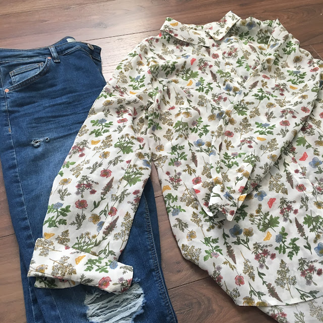 sweet allure fashion getting a little shirty next floral shirt outfit spring topshop jamie jeans