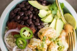 Healthy Cilantro Lime Shrimp Burrito Bowls