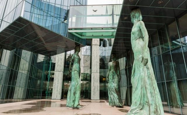 Zmiany w SN prezydent powołał nowych sędziów