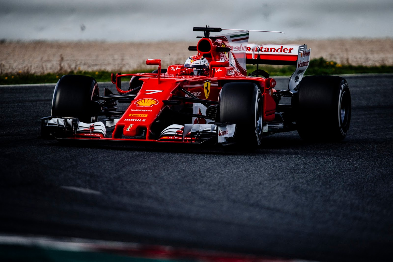 F1:test, Raikkonen davanti al mattino