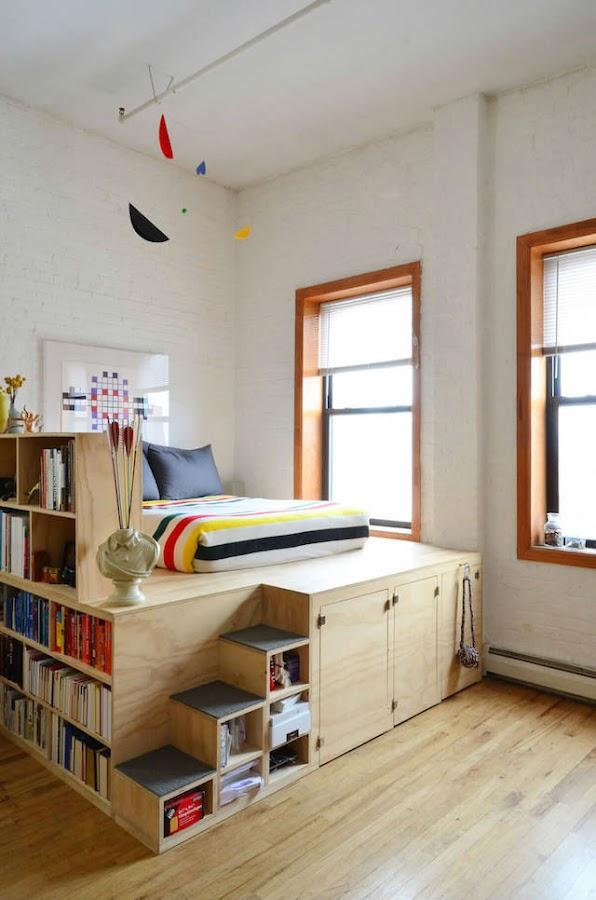 cama elevada sobre estructura