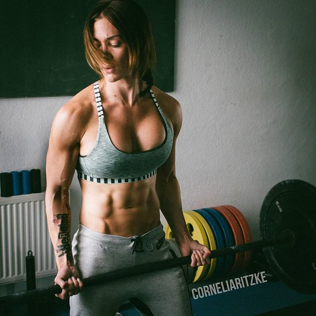 Fitness Model Cornelia Ritzke Instagram photos