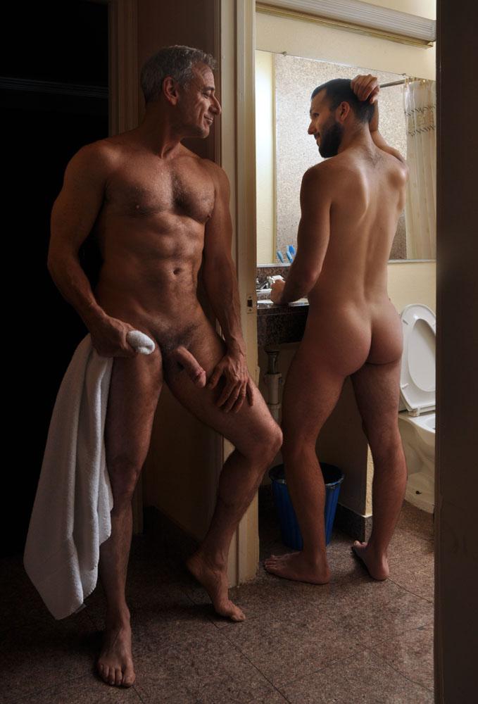 having fun in sex nude