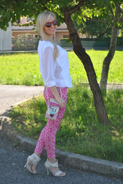 felpa bianca outfit felpa bianca come abbinare la felpa abbinamenti felpa bianca outfit primaverili outfit marzo 2017 mariafelicia magno fashion blogger colorblock by felym fashion blog italiani fashion blogger italiane blogger italiane di moda blog di moda influencer italiane