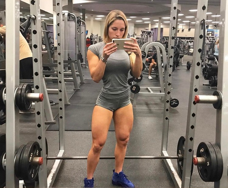 Strong Is Beautiful - Sammy Cohen Figure competitor